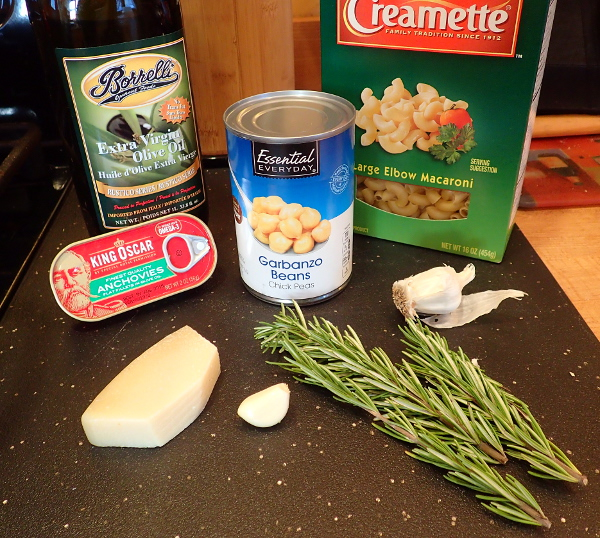 Italian Chickpea Soup Ingredients